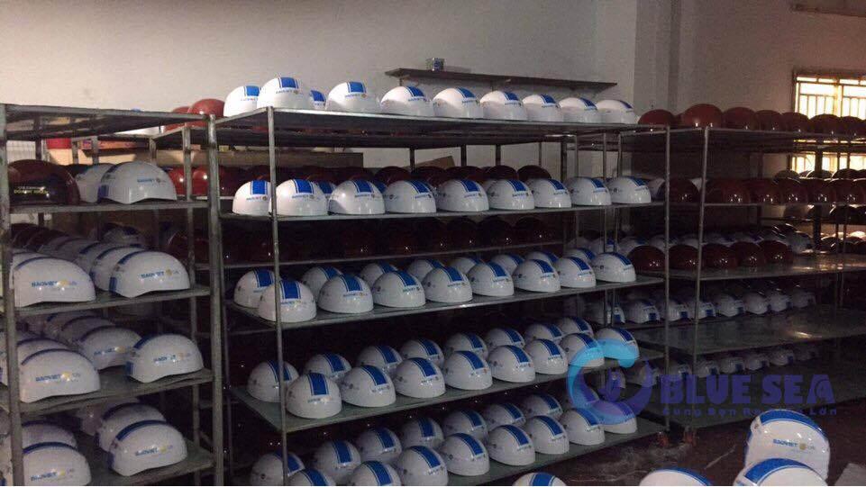 Đặt Làm Mũ Bảo Hiểm Tại Hà Nội Theo Yêu Cầu